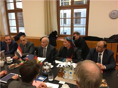 اجتماع للوفد الوزاري المصري بألمانيا مع وزيرة البيئة