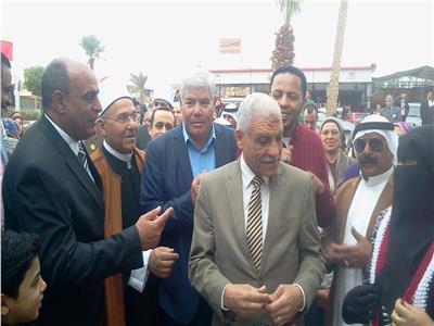 مستشار محافظ جنوب سيناء يفتتح منفذ لحوم بطور سيناء
