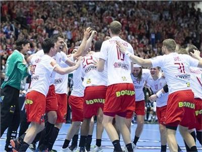 فرحة لاعبو الدنمارك بالفوز