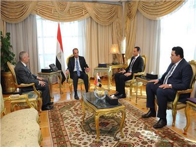 وزير الاتصالات ورئيس مجلس إدارة المصرية للاتصالات والرئيس التنفيذي