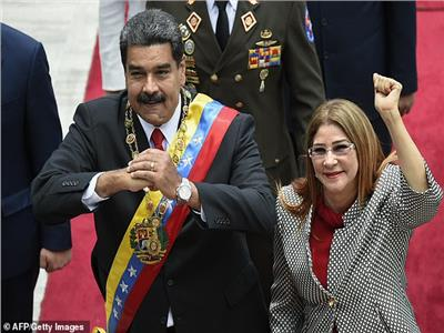الرئيس الفنزويلي نيكولاس مادورو وزوجته سيليا فلوريس