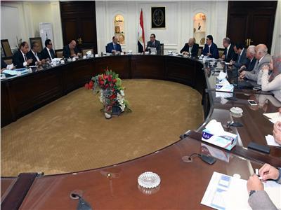 اجتماع رئيس الوزراء لمتابعة خطة تسكين المناطق العشوائية غير الآمنة