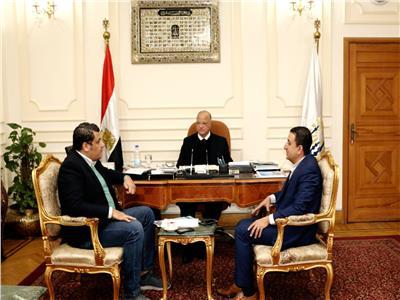 محافظ القاهرة يستقبل وفد صناع الخير