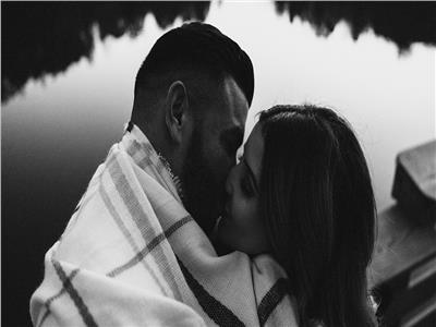« لعلاقة عاطفية حقيقية ».. 8 أمور يجب أن يفعلها الرجل