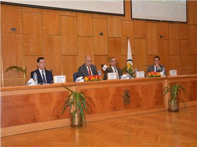ندوة حماية المستهلك في جامعة أسيوط