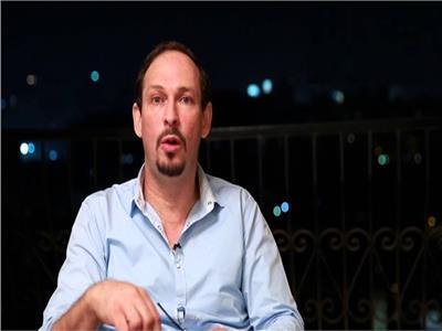 الفنان د.أيمن الشيوي