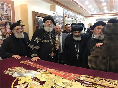 """البابا تواضروس يفتتح معرض مقتنيات """"البابا شنوده"""" ببورسعيد"""