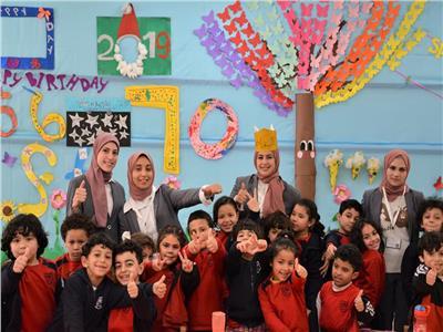 """""""التعليم"""" تنظم جولة داخل مدارس النيل الدولية"""
