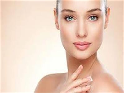 5 نصائح تساعدك على ترطيب بشرتك وشفاهك وشعرك من تقلبات الجو