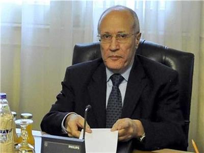 الدكتور محمد سعيد العصار وزير الدولة للإنتاج الحربي