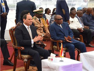 السيسي أول زعيم مصري يزور غينيا منذ 54 عامًا