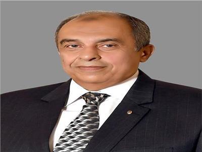 د. عز الدين أبوستيت وزير الزراعة واستصلاح الارأضي