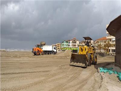 تجريف الرمال علي شواطئ راس البر