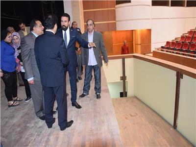 «نجم» يصطحب «ثروت والدسوقي» في جولة تفقدية بجامعة حلوان
