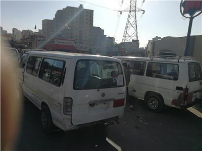 عدد من السيارات بالمرج ترفع شعارات انزل وشارك قبل انطلاق الاستفتاء