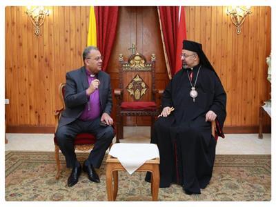 بطريرك الأقباط الكاثوليك يستقبل رئيس الطائفة الإنجيلية بمصر