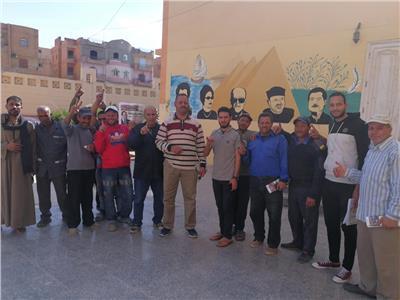 إقبال كبير من المغتربين على لجان الوافدين بالشيخ زايد