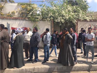 لجان مصر الجديدة تفتح أبوابها للناخبين في ثالث أيام الاستفتاء