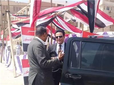 نائب محافظ القاهرة يتفقد سير عملية الاستفتاء على التعديلات الدستورية بالمقطم