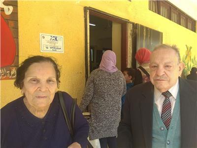 "بالفيديو.. "" سوزان ونجيب "" اقباط مصريين اجتمعوا علي حب مصر"