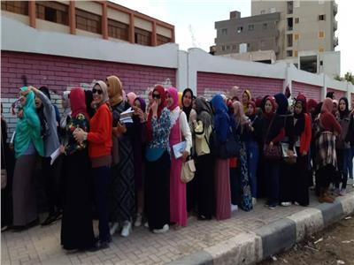 القومى للمرأة بالبحيرة يحشد الناخبات للأدلاء باصواتهن