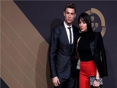 عطلة كريستيانو رونالدو تتكلف 20 ألف يورو في 72 ساعة