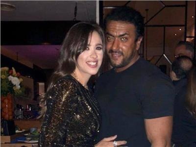 أحمد العوضي وياسمين عبدالعزيز