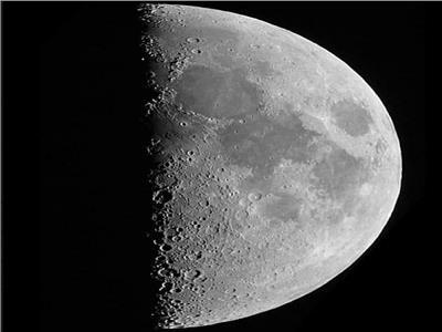 التربيع الأول للقمر