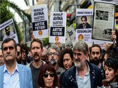 تظاهرات الصحفيين الأتراك ضد قمع النظام