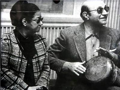عبد الوهاب وأم كلثوم في أحد لقاءاتهما