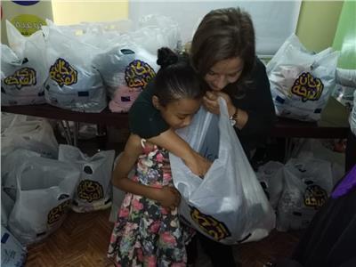 """صندوق تحيا مصر يمد """"أطفال السجينات"""" بلبس العيد ضمن مبادرة """"دكان الفرحة"""""""
