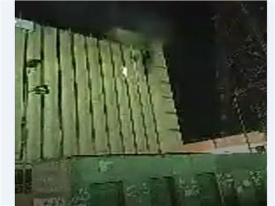 الدفع بـ4 سيارات إطفاء للسيطرة على حريق في سنترال الجيزة