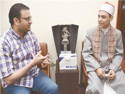 المنشد محمد عبد الرءوف السوهاجي خلال الحوار