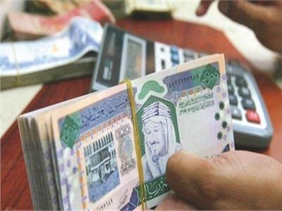استقرار سعر الريال السعودي أمام الجنيه المصري في وقفة عيد الفطر-أرشيفية