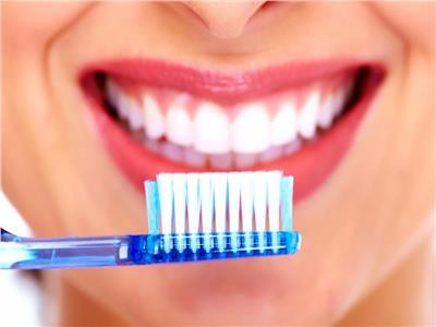 """""""بلاك الأسنان"""" بداية طريق تسوس الأسنان"""