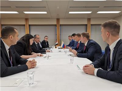 وفد وزارة الاتصالات ونظيره الروسي