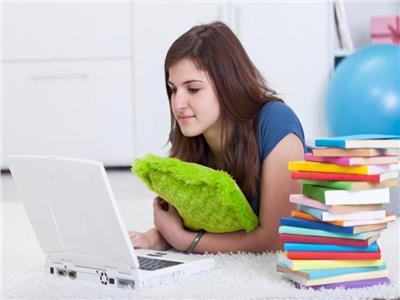 نصائح غذائية تخلق الثقة وهرمون السعادة خلال فترة الامتحانات