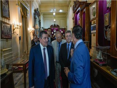 وفد برلماني يزور قصر عابدين لدعم السياحة المصرية