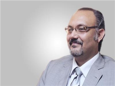 الدكتور سيد محجوب أستاذ جراحات المخ والأعصاب بجامعة الأزهر