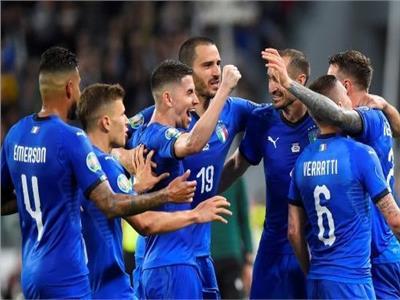 فرحة لاعبي منتخب إيطاليا بالفوز
