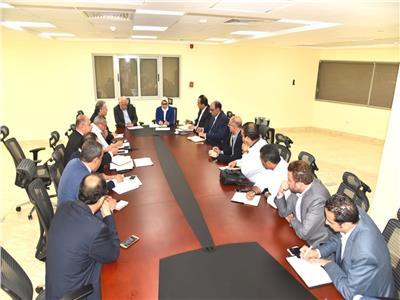 اجتماع ممثلو وزارة الصحة مع محافظ بورسعيد