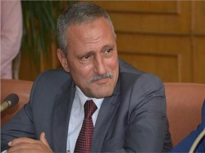 اللواء حمدى عثمان محافظ الاسماعيلية