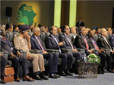 رئيس الرقابة الإدارية في مقدمة حضور المنتدى الإفريقي الأول لمكافحة الفساد