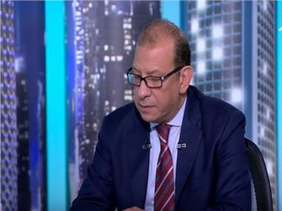 الدكتور أشرف عبد العزيز