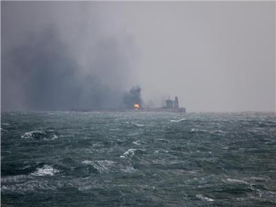 استهداف جديد لناقلتي نفط في بحر عُمان.. وبريطانيا تحذر