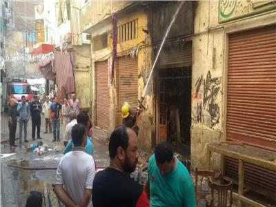 السيطرة على حريق بورشة لتصنيع الأحذية في الإسكندرية