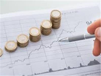 «بشائر طيبة»  اقتصاديون يحللون أسباب تراجع التضخم.. ويضعون روشتة استهلاكية للمواطن