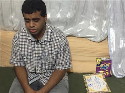 الطالب محمود اسماعيل