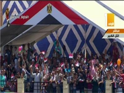 الآلاف من أهالي طلاب معهد ضباط الصف المعلمين، حرصو على حضور حفل التخرج