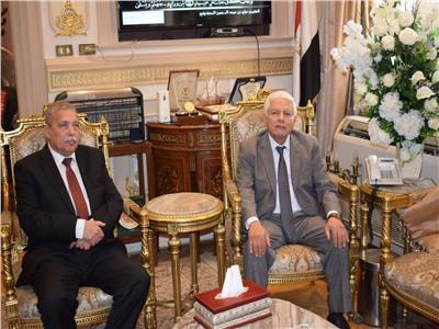 رئيس «النيابة الإدارية» يزور دار القضاء العالي ويلتقي المستشار عمر مروان